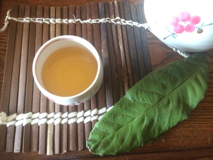 枇杷の葉茶と枇杷の葉