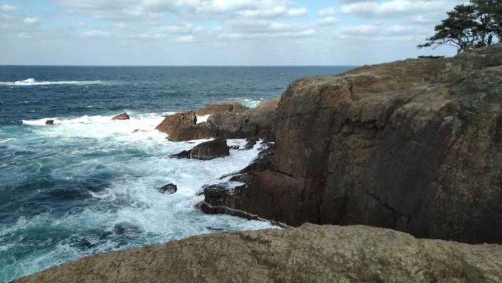 断崖絶壁の絶景が楽しめます(お気をつけて!)