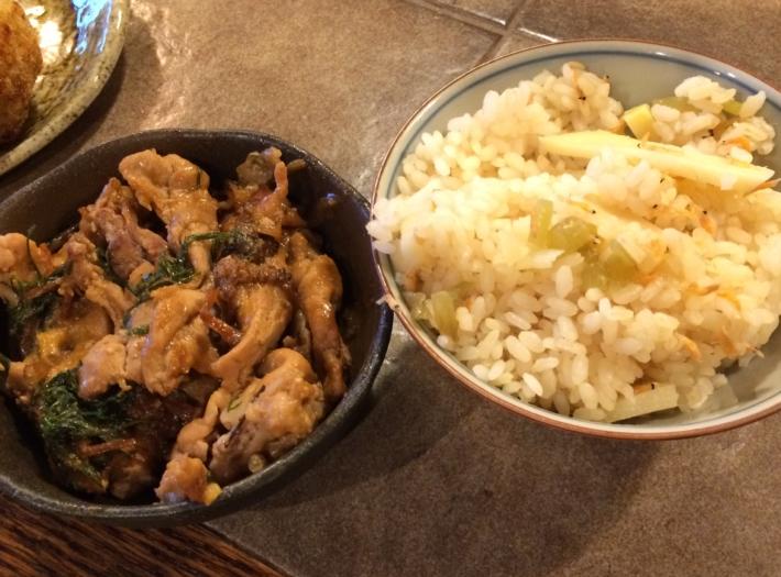 裏山で採れたたけのことフキのご飯・土筆とスギナの豚バラ味噌炒め