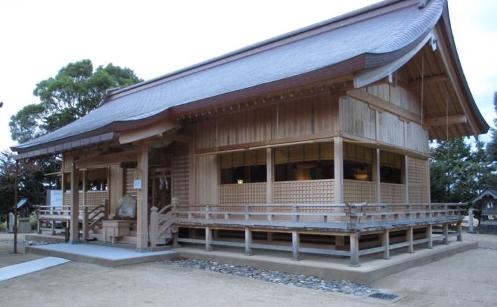 平成26年に遷宮された万九千神社