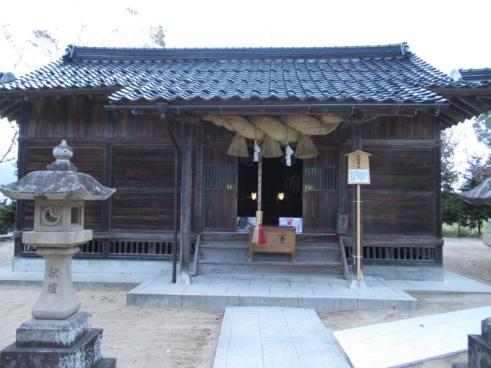 同じ境内にある立虫神社